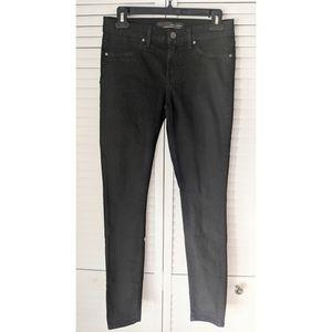 Rich & Skinny Dark Wash Black Marilyn Jeans